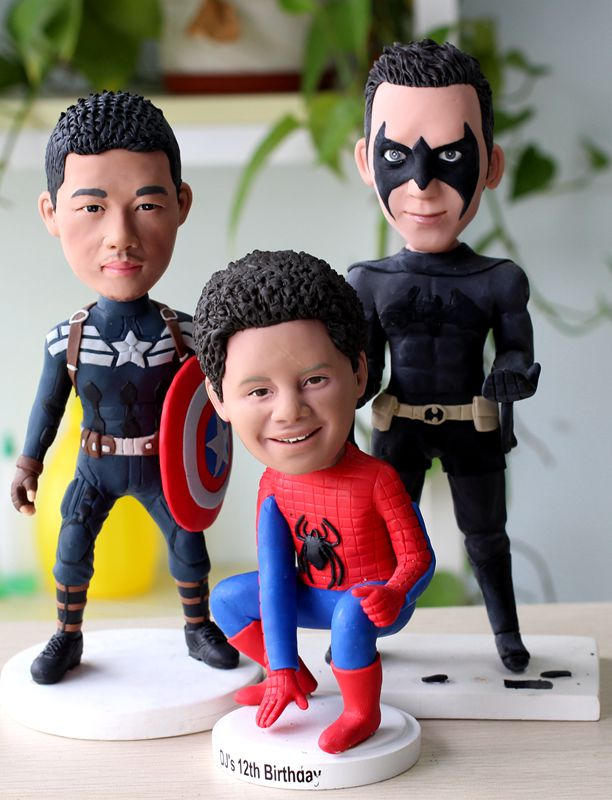 Fully customized bobbleheads for 3 persons [fully customized figurines-3] -  $249.00 : Custom Bobbleheads - Personalized bobbleheads Dolls